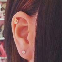 Tiny Crown Cartilage Earring