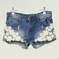 3232Pearl lace flower broken copper jean shorts