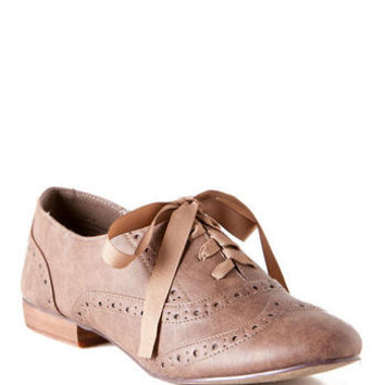 Ringo Oxford Flat in Taupe                       - Francescas