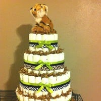 wedding ideas / Baby safari diaper cake for my friends shower. zouble