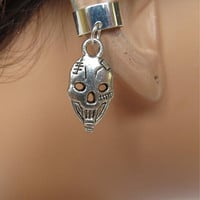 Halloween Cartilage Ear Cuff Antiqued Silver Skull