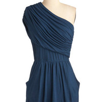 I&#x27;m Your Venus Dress in Navy | Mod Retro Vintage Dresses | ModCloth.com