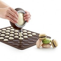 Lekue Macaron Kit with Decomax Pen and Baking Sheet:Amazon:Kitchen & Dining