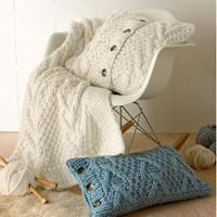 Blissliving Home Vernon Cream throw Blankets & Throws