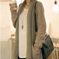 L 073007 Loose plush knit cardigan sweater