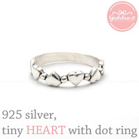 girlsluv.it - sterling silver, tiny HEART with DOT ring