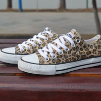 A 091034 Leopard control casual canvas shoes