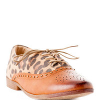 Bounce Oxford Flat- leopard vamp, studded trim and a perforated toe cap.