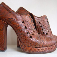 snake skin platform shoes 70's by ladybakelite on Etsy