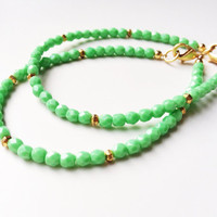 Summer Bracelet Set Light Green Dainty Bracelets by AtelierYumi