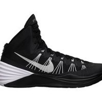 Nike Store. Nike Hyperdunk 2013 (Team) Men's Basketball Shoe