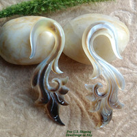 """1 Gauge (7mm) Earrings, """"Natural Beauty"""" Black Mother of Pearl, Hand Carved, Naturally Organic, Tribal"""