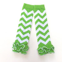 Chevron Leg warmers, Baby ruffled leg warmers, Green Chevron leg warmers, girls leg warmers, Holiday leg warmers