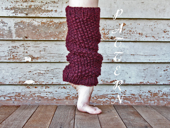 Womens Leg Warmers Pattern - Ribbed from knittedbyscw