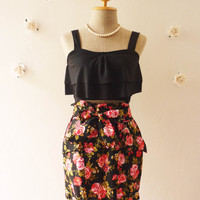 "Pretty Skirt Black with Red Rose Floral Skirt with Waist Bow -Free size fit 27""-30"" waist"