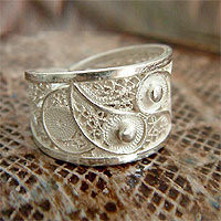 Silver filigree ring - Paisley Shine - NOVICA