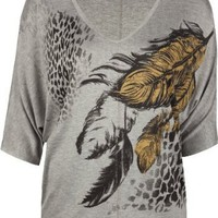 Amazon.com: FULL TILT Feather Print Womens Top: Clothing