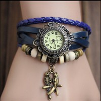 MagicPiece Handmade Vintage Style Leather Watch For Women Leather Belt Round Shape Watch with Pendant and Wooden Beads in 5 Colors: Blue