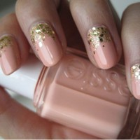 Beauty / essie
