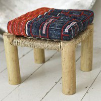 LITTLE STOOL - Plümo Ltd