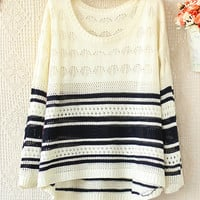 A 082903 Hit The Color Long-Sleeved Striped Sweater Hollow