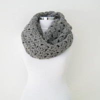 Crochet Infinity Scarf, Gray chunky Cowl, Circle Scarf, Grey Wool Blend