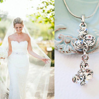 Bridal Rhinestone Necklace Wedding Jewelry Crystal Pendant Silver Bridesmaids Gift