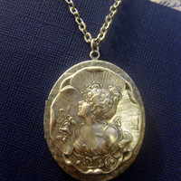 Lady Of Eden Metal Portrait Locket Pendant Necklace