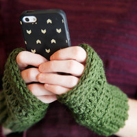 Crochet Unisex Warm Fall Winter Fingerless Gloves Stretchy Fitted Design in Olive Green
