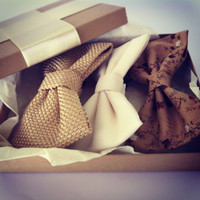 Gift Wrapping - Comes without the bows