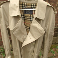 Vintage 1980's Burberrys men's trench coat, size Large, men's fashion, Gift for him, Pittsburgh