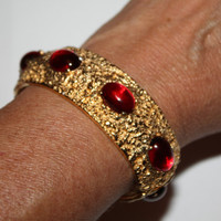 Vintage Castlecliff Bangle Bracelet Red Cabochon 1950s Jewelry Designer Fall