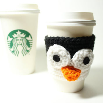 Penguin Coffee cozy, Crochet Coffee Sleeve, Animal beverage cozy, Starbucks Sleeve, Can cozy