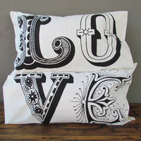 love pillowcases – black | Redinfred