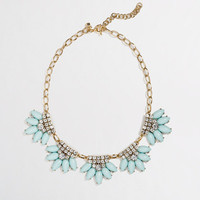 Factory flower fringe necklace
