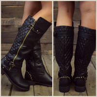 Roaslie Quilted Black Leather Riding Boots