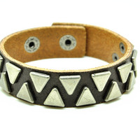 Brown Real Leather Bracelet with Rivet Women Jewelry Bangle Fashion Bracelet, Men bracelet   C029