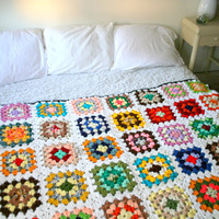 Amazing Vintage Granny Square White Bed Spread
