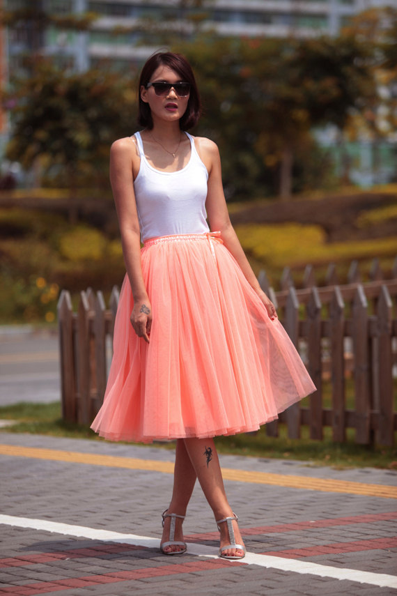 tulle skirt tea length tutu skirt knee from clothing on