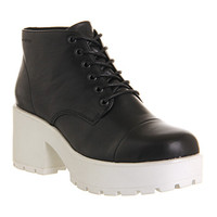 Vagabond Dioon Lace Up Boot Black Leather White Sole - Ankle Boots