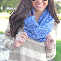 On The Go Infinity Scarf: Snow Blue | Hope's