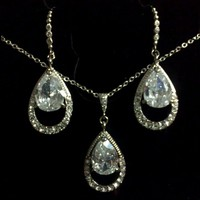 Teardrop Bridal Jewelry Set, Swarovski Necklace Earrings - AMELIA SET