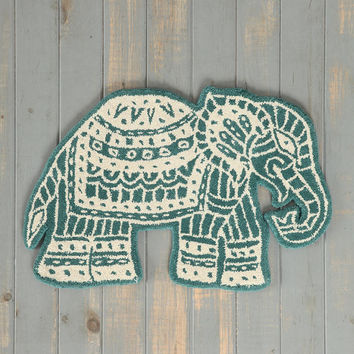 Magical Thinking Elephant Handmade Rug- Green 2X3