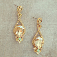 Pree Brulee - Alif Treasure Earrings