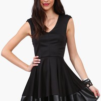 Black Widdow Dress