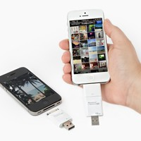 The iFlash: A USB Drive for Your Phone - The Photojojo Store!