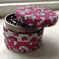 Alternating Pink & Clear Cheetah Print Grinder