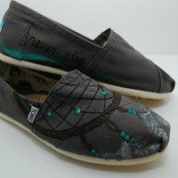 Dreamcatcher Custom TOMS