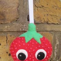 Strawberry Plush Ornament - Kawaii Felt Christmas Decoration