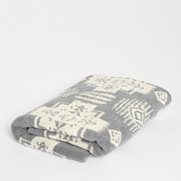 Pendleton Jacquard Towel - Urban Outfitters